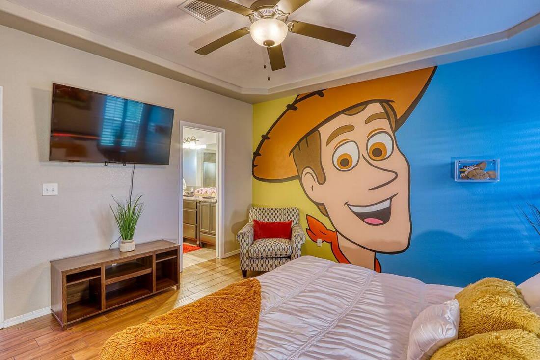 o-alojamento-mais-fantastico-do-mundo-e-dedicado-ao-toy-stoy-e-fica-no-texas